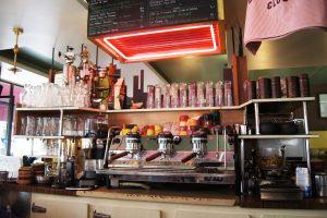 Le café la Perle - Le Marais Mood - Bonnes adresses dans le Marais à Paris