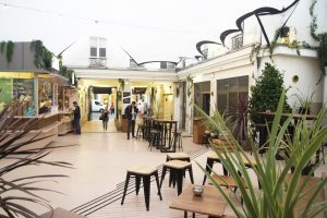 La Perle Café - Le Marais Mood