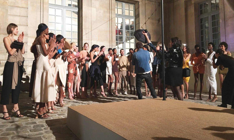 Fashion Week : Jacquemus célèbre le Sud dans le Marais
