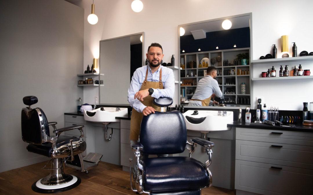 Peacock Barbershop, le barbier qui fait le paon